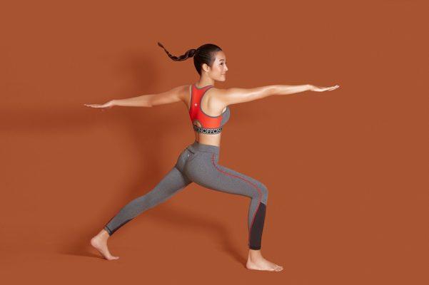Polyester thể thao hiện là chất lượng được ưa chuộng trong các phòng tập Yoga
