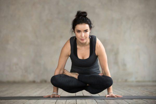 Động tác thăng bằng chân