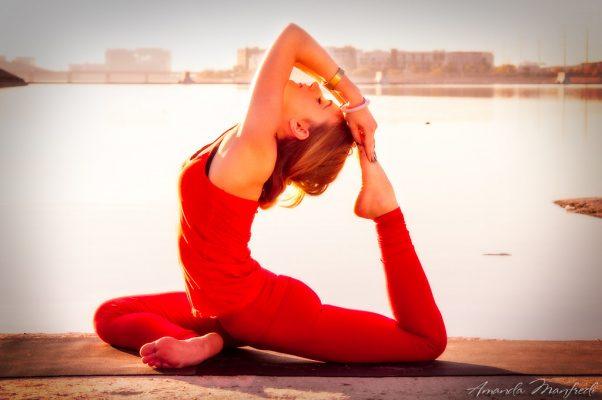 Tư thế chim bồ câu đòi hỏi bạn sử dụng sức mạnh và tính linh hoạt trong cơ thể